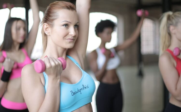 पुरुष और महिलाएं कैसे अपना वजन बढ़ा सकते हैं?