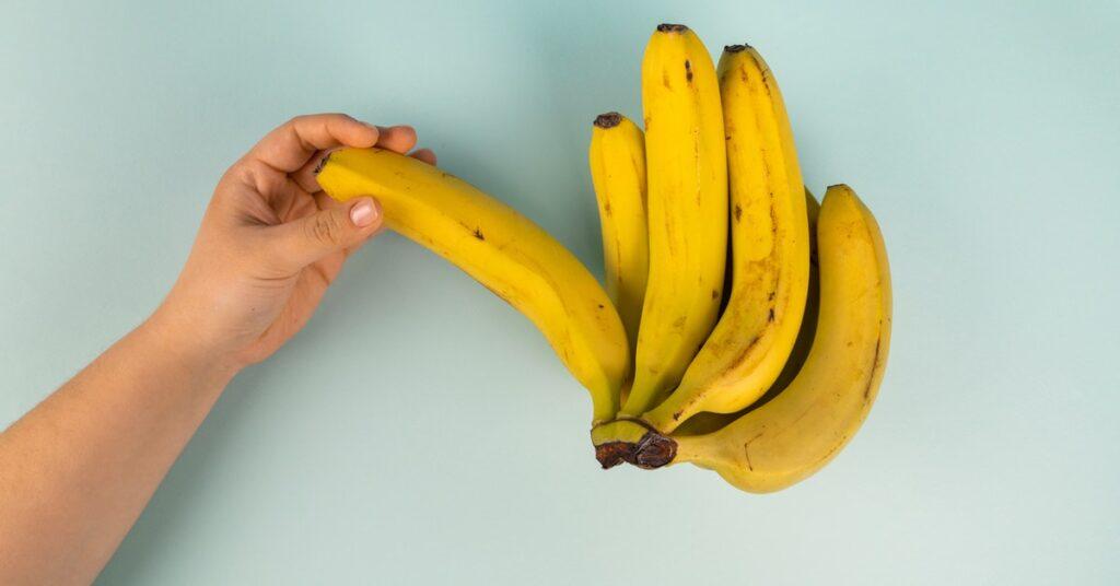 Benefits of banana for hair in Hindi